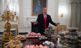 Donald Trump sert un buffet de fast-food à ses invités pour cause de shutdown