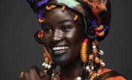 Khoudia Diop, nouvelle égérie de la marque Fenty Beauty de Rihanna