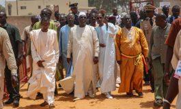 Macky Sall inaugure la mosquée Thierno Silyemani Baal de Guédiawaye dans une ambiance folklorique et menace
