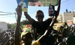 Les jeunes de l'opposition sénégalaise font monter la pression à un mois de la présidentielle