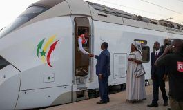 Macky Sall a réceptionné le Train Express Régional