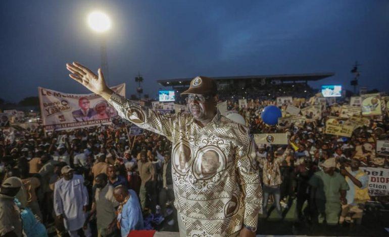 Déballage au sommet de l'état: Les Sénégalais invitent Macky Sall à mettre de l'ordre dans la République