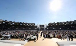 Grande messe inédite en plein air du pape François aux Emirats Arabes Unis