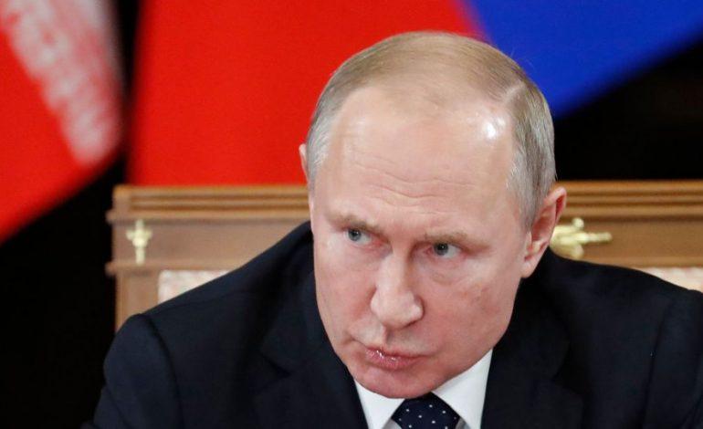 Vladimir Poutine: Un mariage c'est entre un homme et une femme