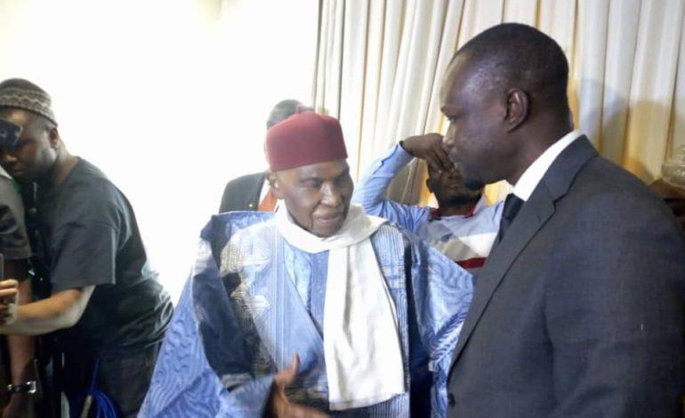 Pastef n'est pas encore en alliance avec Abdoulaye Wade, déclare Ousmane Sonko