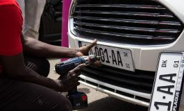 La direction des transports routiers lance de nouvelles cartes grises numérisées et des plaques d'immatriculation sécurisées