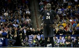Tacko Fall avec ses 2,31 m fait sensation en Summer League