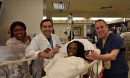Une femme d'origine africaine donne naissance à six bébés en neuf minutes