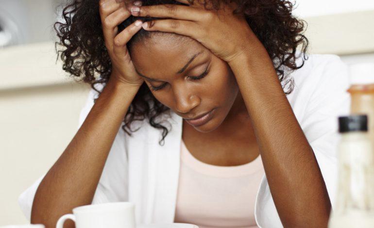 Être stressé au travail et mal dormir la nuit augmente les risques de décès cardiovasculaires