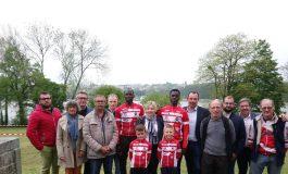 Moussa Ndiaye et Bécaye Traoré accueillis par le vélo-club de La Ferté-Macé