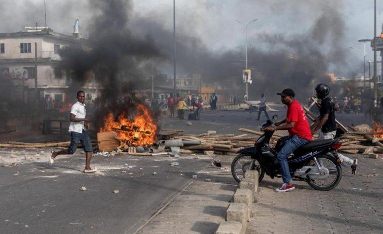 Tirs à balles réelles à Cotonou, un mort dans les manifestations contre le pouvoir