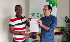 Eclaboussée par un scandale de corruption au Sénégal, BP cherche à s'allier la presse sportive