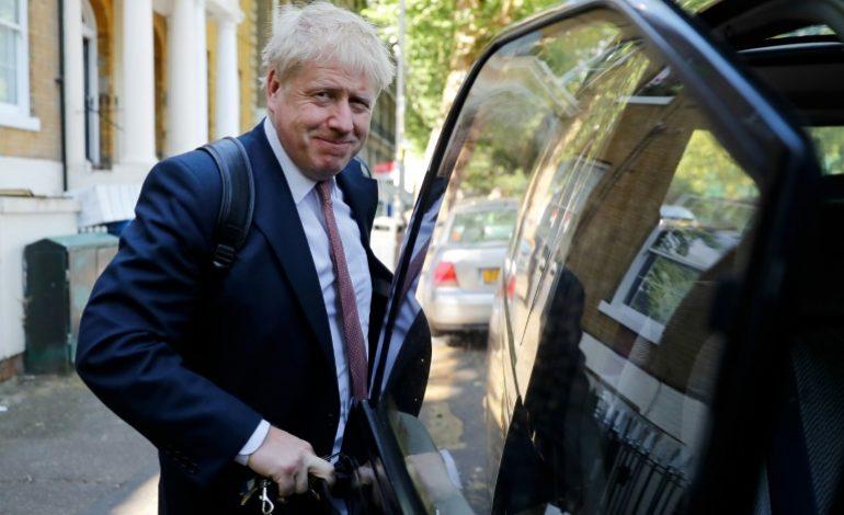 Boris Johnson échappe à une fronde de députés opposés aux coupes dans l'aide internationale