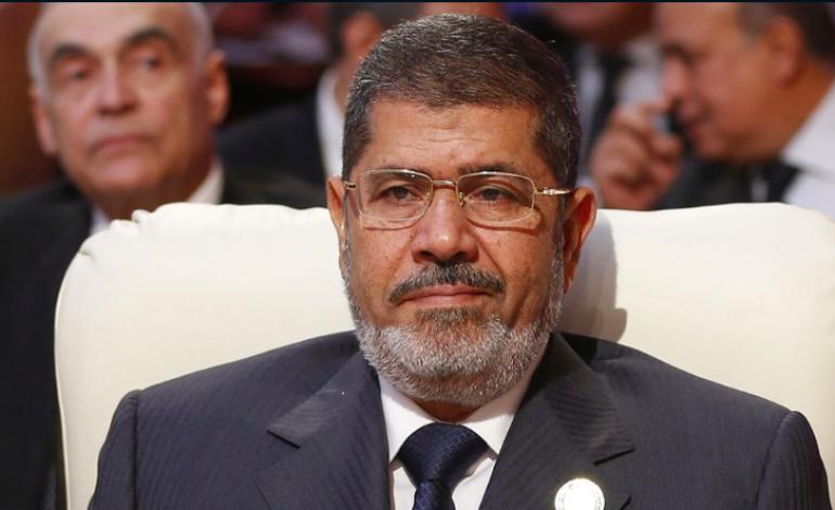 Mohamed Morsi discrètement enterré au Caire