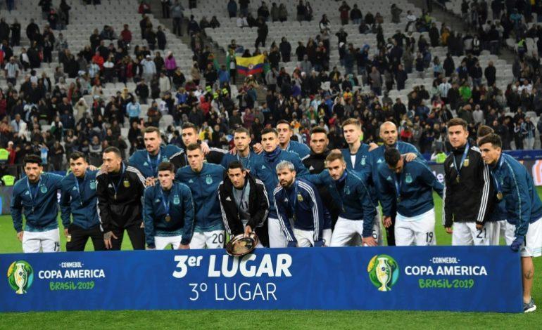 Lionel Messi voit rouge, l'Argentine finit 3e pour la Copa America