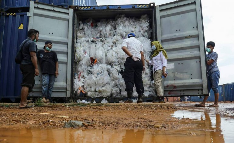 Importation par le Sénégal de déchets plastiques venant des Etats Unis: Greenpeace Afrique déplore une décision contraire aux ambitions du Chef de l'Etat