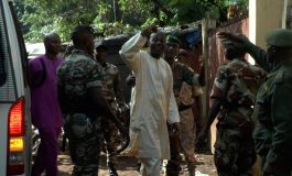 Les Guinéens accompagnent les manifestants tués contre le 3e mandat d'Alpha Condé