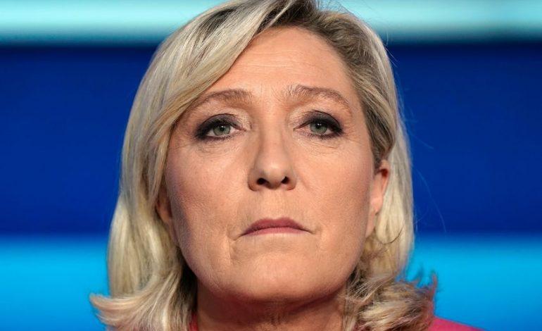 Marine Le Pen est un étron (crotte, caca, poupe…) c'est la Cour de Cassation qui le dit