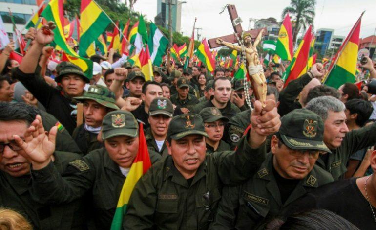 Evo Morales forcé à démissionner, la Bolivie se retrouve sans président
