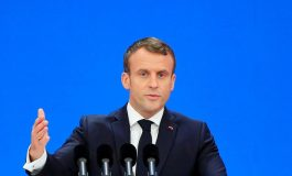 """""""L'islam politique n'a pas sa place"""" en France, affirme Emmanuel Macron"""