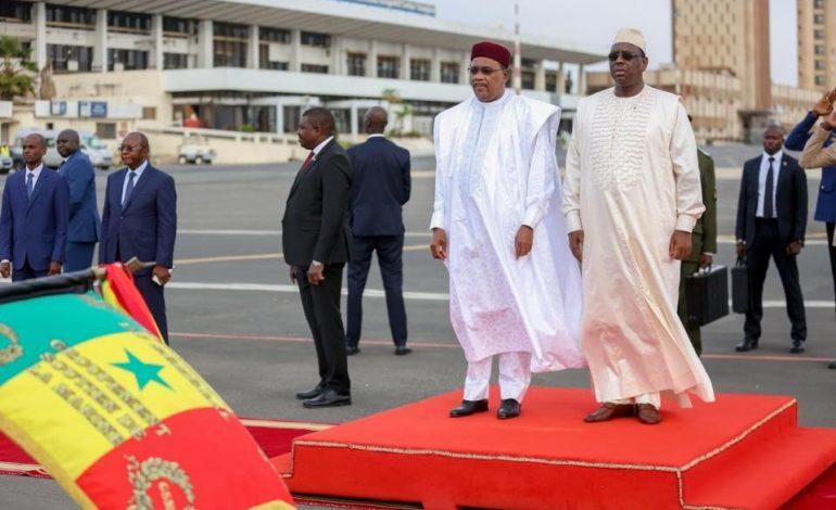 Les pays africains ne doivent pas avoir peur de s'endetter, selon des chefs d'Etats africains