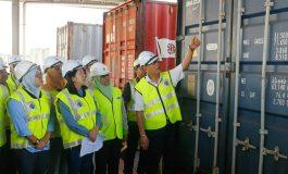 Plusieurs centaines de containers de déchets renvoyés à leurs expéditeurs par la Malaisie