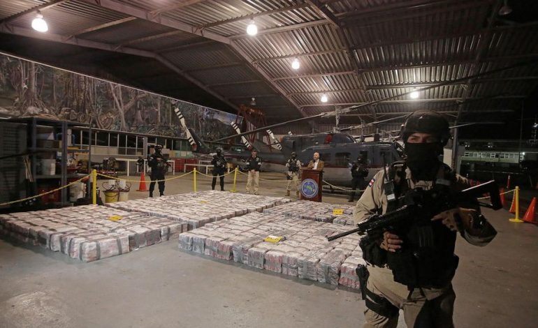 Cinq tonnes de cocaïne saisies au port de Rotterdam dans un container en partance pour Rotterdam