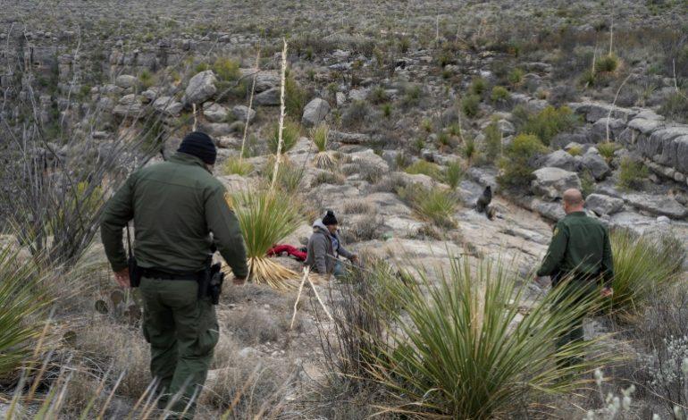 La traque des clandestins à la frontière désertique du Texas