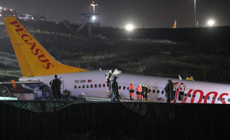 Un mort, 157 blessés dans l'accident d'un avion à Istanbul