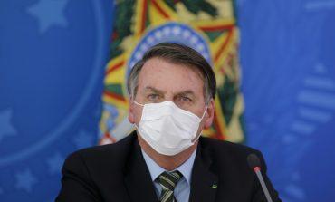 """""""Je chie"""" sur la Commission d'enquête sénatoriale, lance Jair Bolsonaro"""