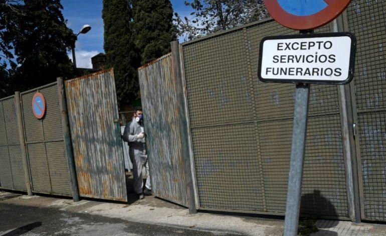 Nouveau record de morts en Espagne qui demande l'aide de l'Otan