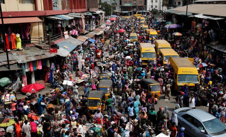 Difficile d'arrêter de travailler et de se confiner au Nigéria
