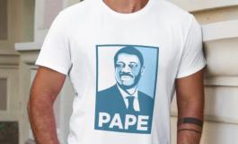 Un tee-shirt hommage à Pape Diouf pour aider les hôpitaux de Marseille
