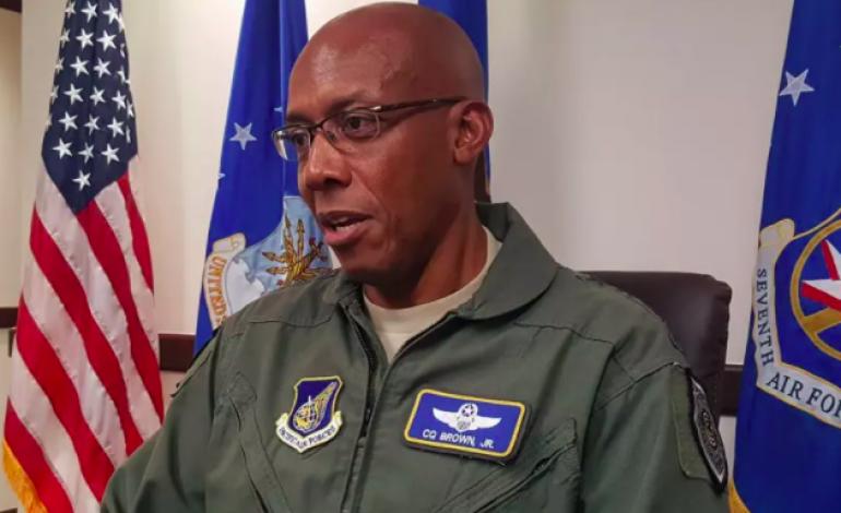 Les noirs dans l'US Air Force davantage sanctionnés dans l'armée américaine