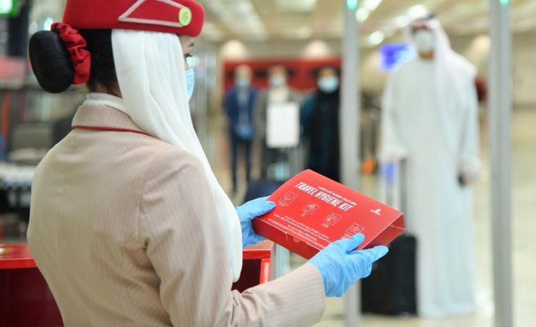 Emirates lance un programme de vaccination de milliers d'employés