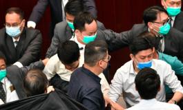 Des élus Hongkongais prêtent serment de loyauté, des centaines ont préféré démissionner