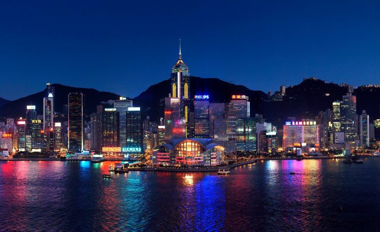 La Chine annonce des restrictions de visas pour certains Américains voulant se rendre à Hong Kong
