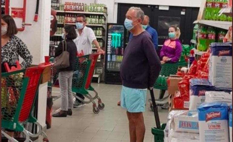 La photo du président du Portugal, Marcelo Rebelo de Sousa qui fait sensation sur la toile