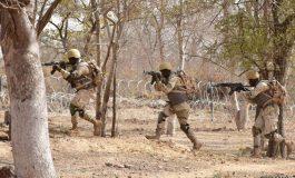 Plus de 2440 civils et 1000 militaires tués en 2020 au Burkina Faso, au Mali et au Niger