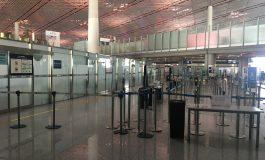 1255 vols annulés à l'aéroport de Pékin en raison d'un rebond des contaminations au coronavirus