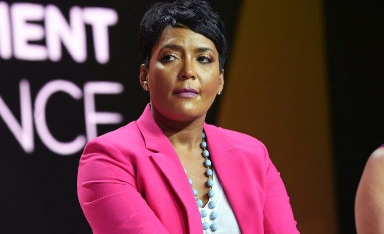 La maire d'Atlanta annonce des réformes dans la police, elle souhaite des gardiens pas des guerriers