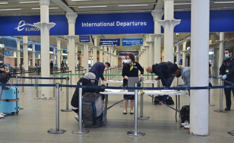 Les voyageurs arrivant de l'étranger soumis à une quarantaine de 14 jours au Royaume Uni