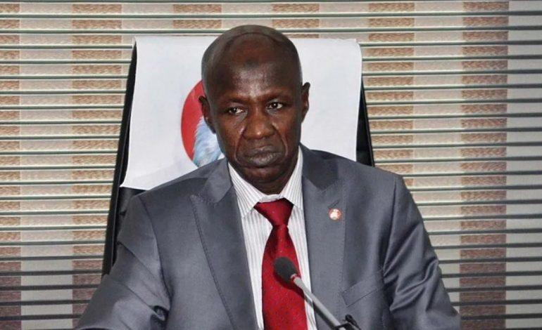 Ibrahim Magu, directeur de l'Agence anticorruption entendu pour corruption