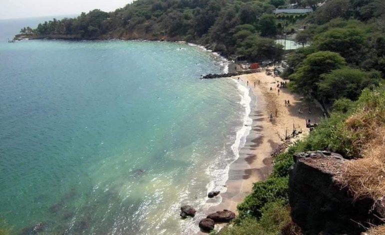 L'emplacement de la plage de l'Anse Bernard cédé à une société sud-africaine pour la construction d'un hôtel