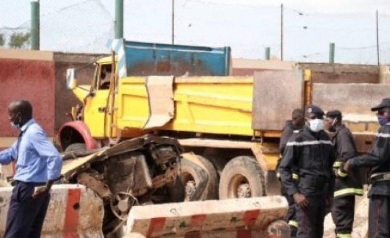 Un camion sans frein tue trois personnes à Yoff