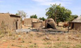 Au moins 30 villageois tués par des hommes armés
