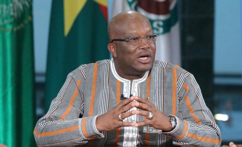 Le président burkinabè Roch Marc Christian Kaboré investit samedi par son parti pour un nouveau mandat présidentiel
