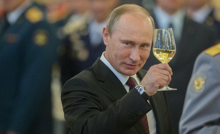 L'Union Européenne appelle Moscou à enquêter sur les irrégularités dans le vote du référendum constitutionnel