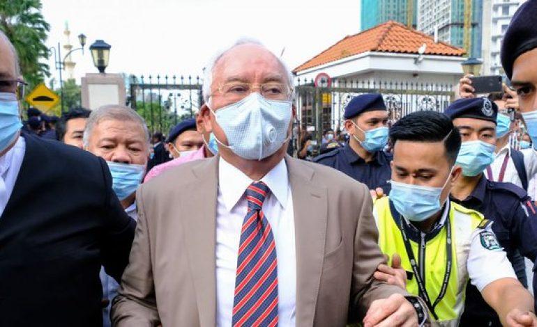 L'ex-Premier ministre malaisien Najib Razak condamné à 12 ans de prison dans l'affaire 1MDB