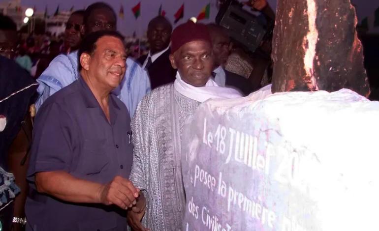 Le président Abdoulaye Wade rend hommage à ses compagnons, amis et religieux disparus
